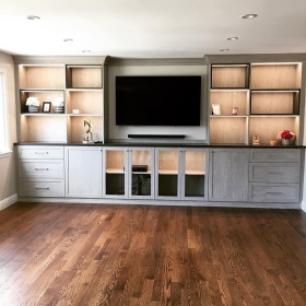 Media-Center-or-Entertainment-Unit-Built-in