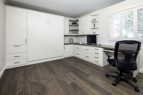 Home-Office-Corner-with-Bianco-Finish