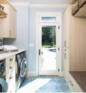 Entrance-Laundry-Room
