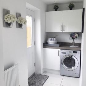 Small-Entryway-Laundry-Room