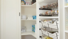 Pull-Out-Pantry-Baskets-and-Pull-Out-Spice-Racks