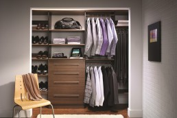 Men's Reach-In Closet