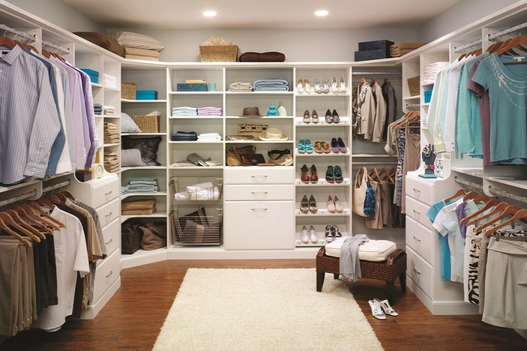 Good White Walk In Closet